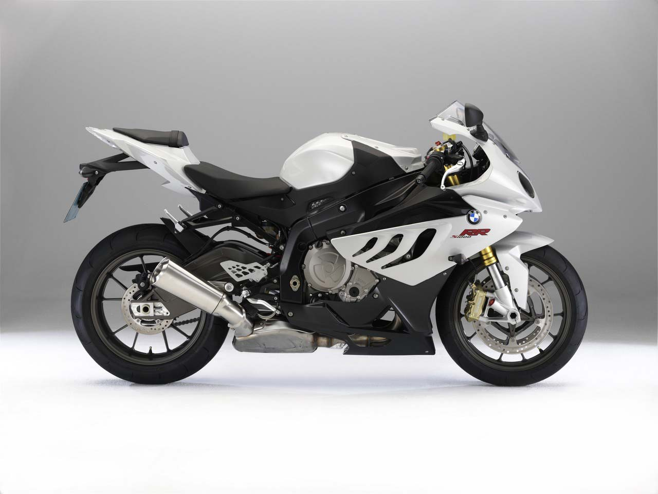 wiring diagram bmw r1200c with Motoblogar Wordpress on 692077 New To The 964 Need Help With Wiring together with Motoblogar wordpress likewise Bmw R 1150 Gs Wiring Diagram further R 1100 Gs Electrical Circuit Diagrams likewise As7.